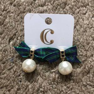 NWT Charming Charlie pearl plaid bow earrings
